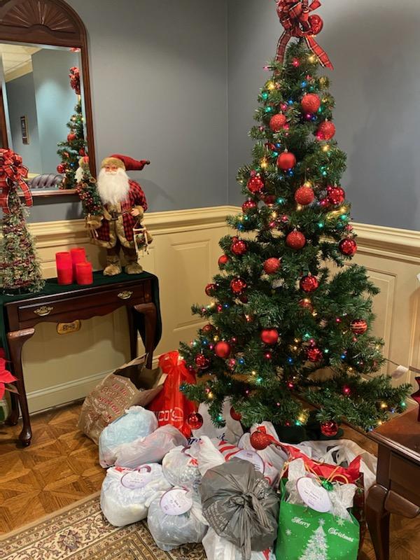 Be a Santa to a Senior – 2019